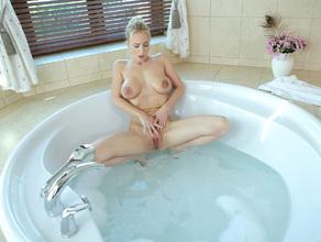 Bathtime With MILF Natalie 49