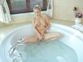 Bathtime With MILF Natalie 47