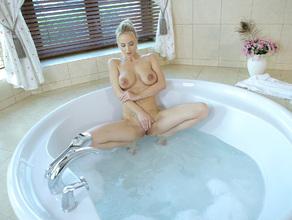 Bathtime With MILF Natalie 42