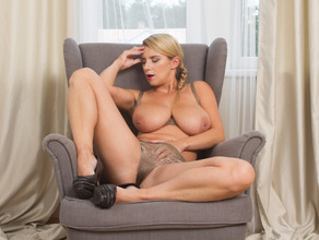 Home Alone With Lusty Mom Katerina 21