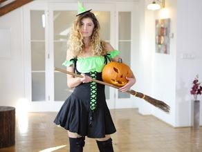 sister-meets-my-halloween-monster